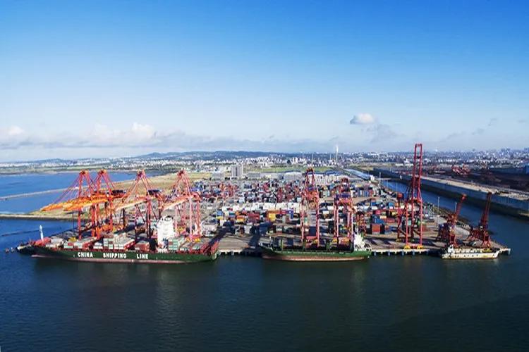 盐田港动态:6月10日起接收ETA-7天出口重柜进闸,预约入闸拖车数量每日增至6000辆